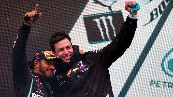 F1, GP Turchia 2020: Lewis Hamilton e Toto Wolff (Mercedes)