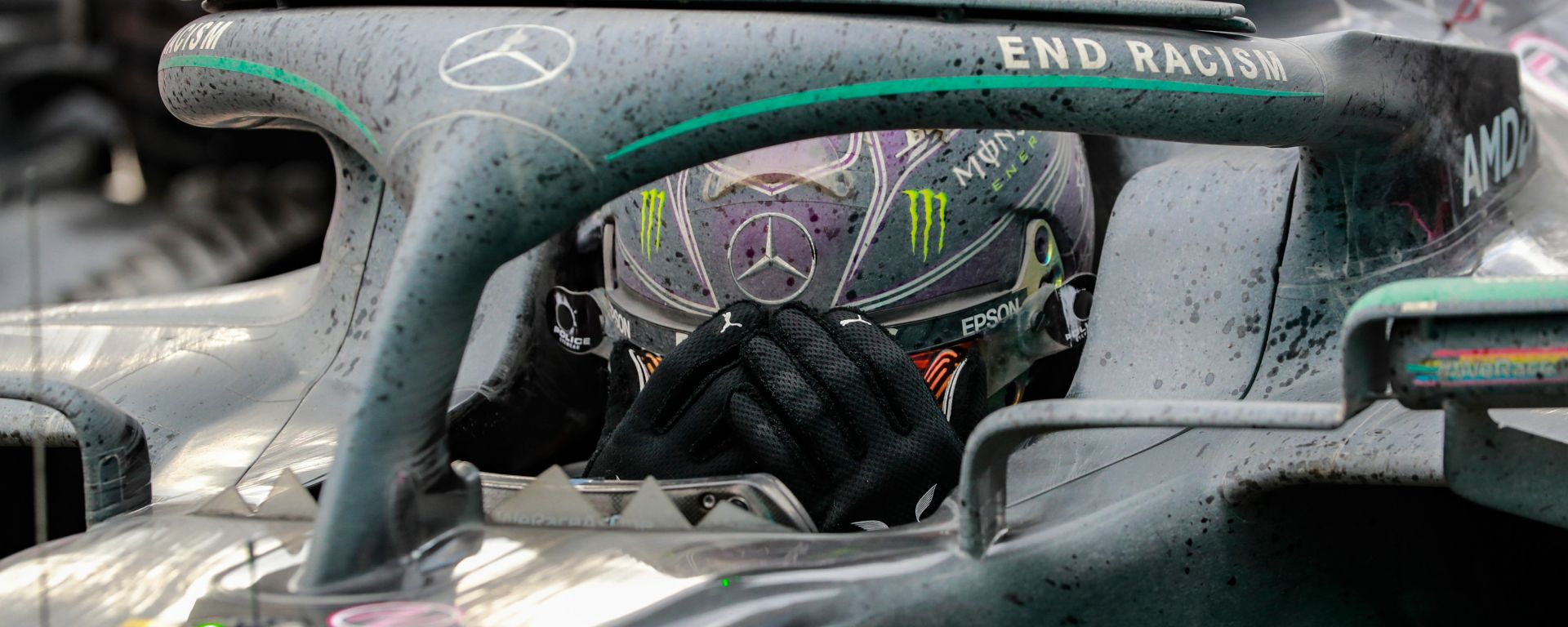 F1, GP Turchia 2020: Lewis Hamilton (Mercedes) festeggia il settimo titolo mondiale