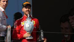 F1 GP Ungheria 2019, Budapest: Vettel (Ferrari) riceve il trofeo del terzo posto