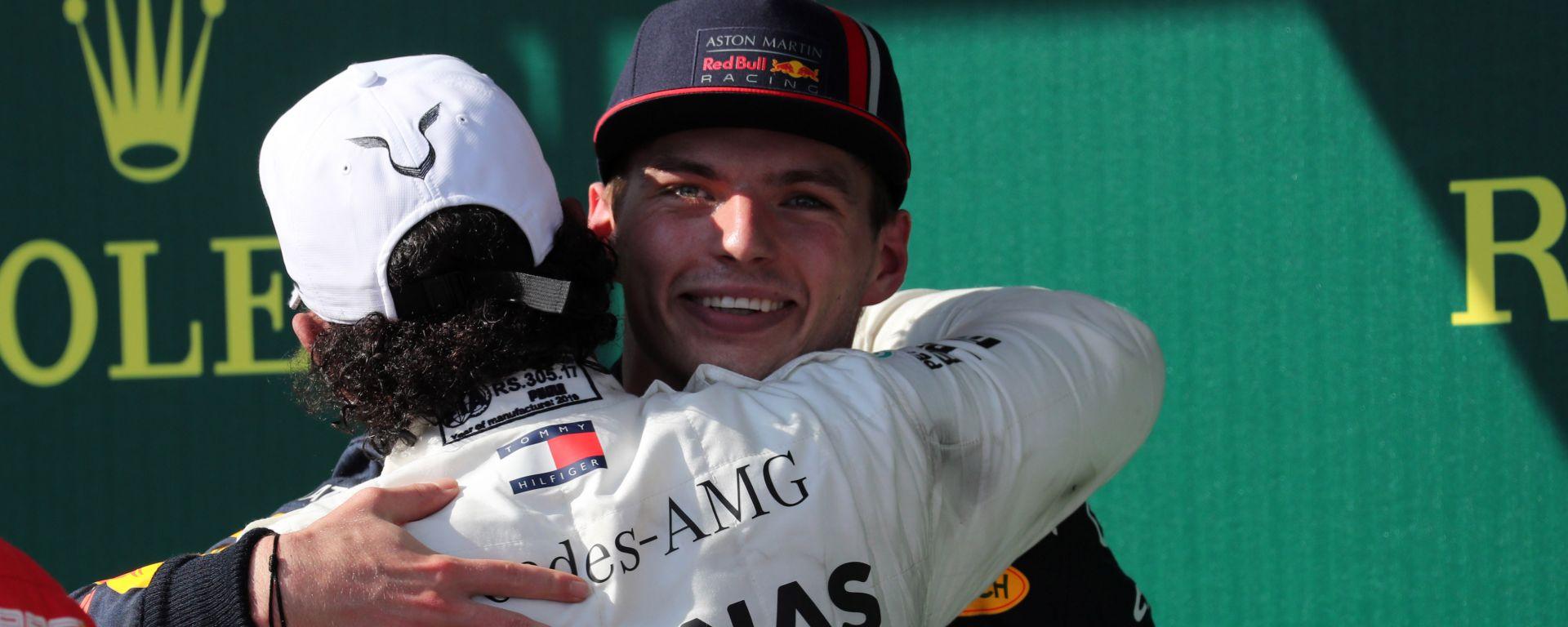 F1, GP Ungheria 2019: Lewis Hamilton (Mercedes) e Max Verstappen (Red Bull)