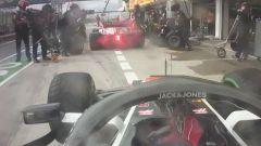 F1 GP Ungheria 2020, Budapest: il pit-stop prima del via delle due Haas di Grosjean e Magnussen