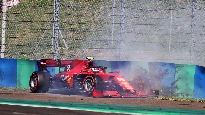 F1 GP Ungheria 2021, Budapest: l'incidente in Q2 di Carlos Sainz (Scuderia Ferrari)
