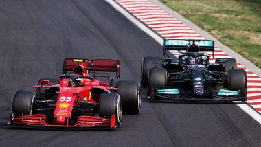F1 GP Ungheria 2021, Hungaroring: Carlos Sainz (Ferrari) e Lewis Hamilton (Mercedes)