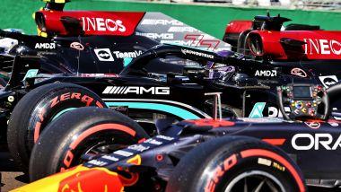 F1, GP Ungheria 2021: le Mercedes e la Red Bull di Max Verstappen a fine qualifiche