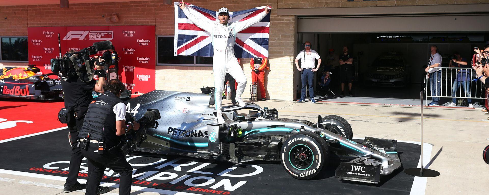F1 GP Usa 2019, Austin: Lewis Hamilton (Mercedes) festeggia il sesto titolo mondiale