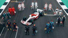 F1, il concept della monoposto 2022 in pista a Silverstone con i piloti