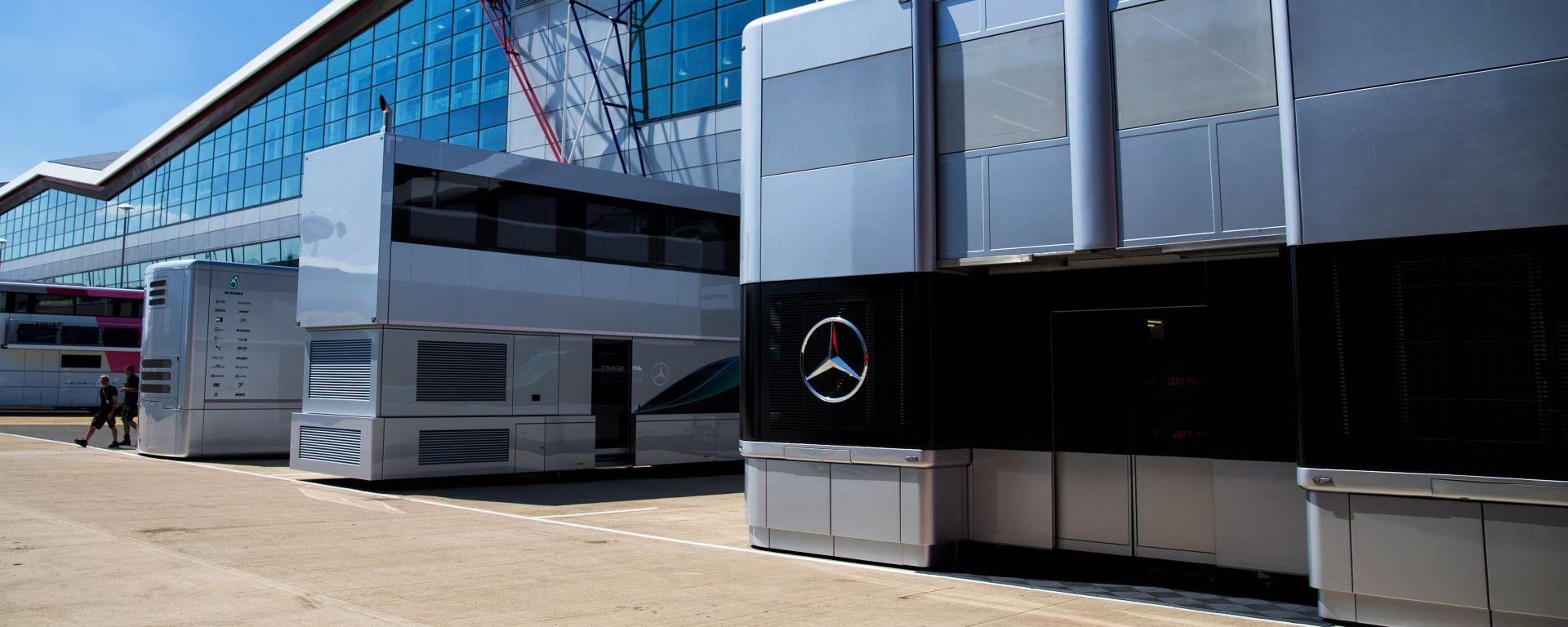 F1: il motorhome Mercedes