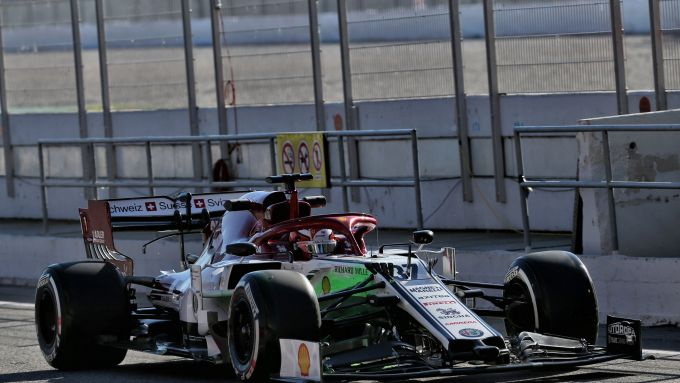 F1 in-season test Barcellona 2019: Callum Ilott sull'Alfa Romeo Racing