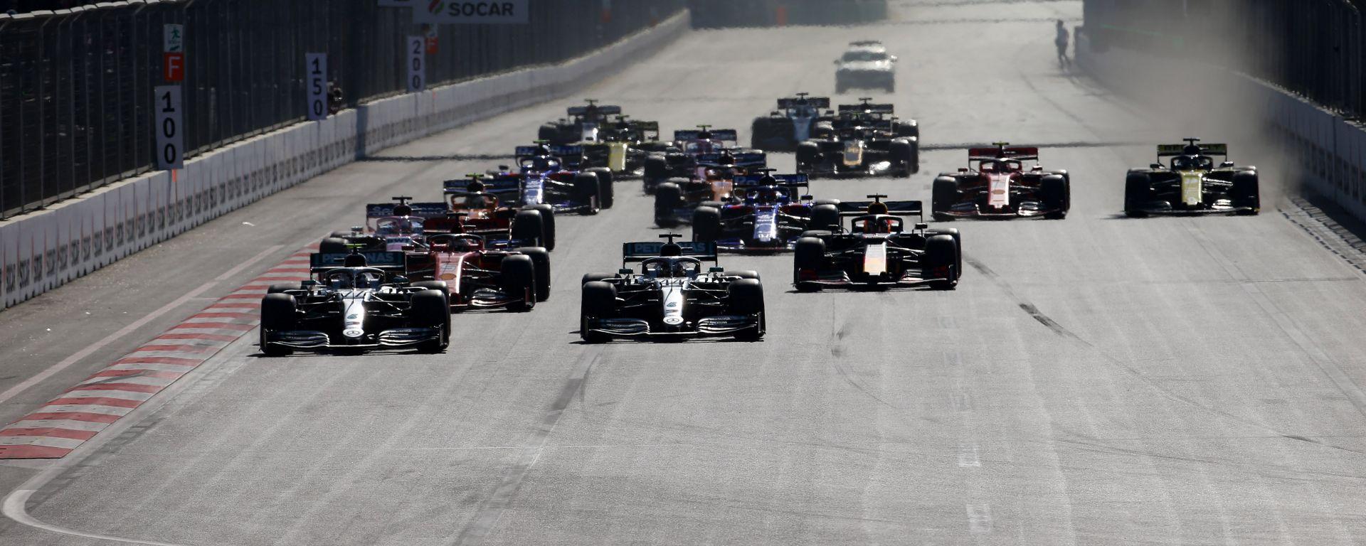 F1, la partenza del Gp Azerbaijan 2019