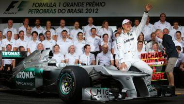 F1, Micheal Schumacher ai saluti nel Gp del Brasile 2012