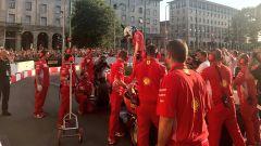 F1 Milan Festival, Vettel sgassa (e sbatte!) in Darsena - Immagine: 6
