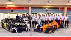 Fernando Alonso e Jimmie Johnson si sono scambiati l'auto per un giorno - Immagine: 1