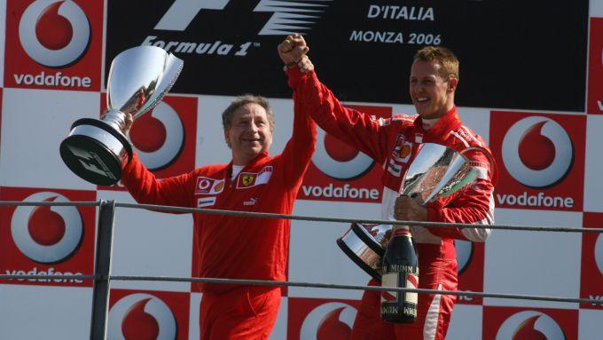 F1, Schumacher e Todt dopo la vittoria della Ferrari a Monza nel 2006