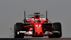 F1 2018, Test Abu Dhabi, Day 1 ore 13: Raikkonen davanti a tutti, Kubica sesto