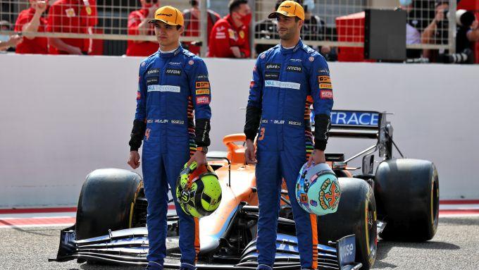 F1 Test Bahrain 2021, Sakhir: Daniel Ricciardo e Lando Norris (McLaren)