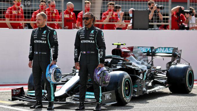 F1 Test Bahrain 2021, Sakhir: Lewis Hamilton e Valtteri Bottas (Mercedes AMG F1)