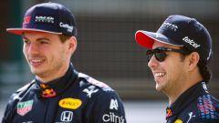 F1 Test Bahrain 2021, Sakhir: Max Verstappen e Sergio Perez (Red Bull Racing)