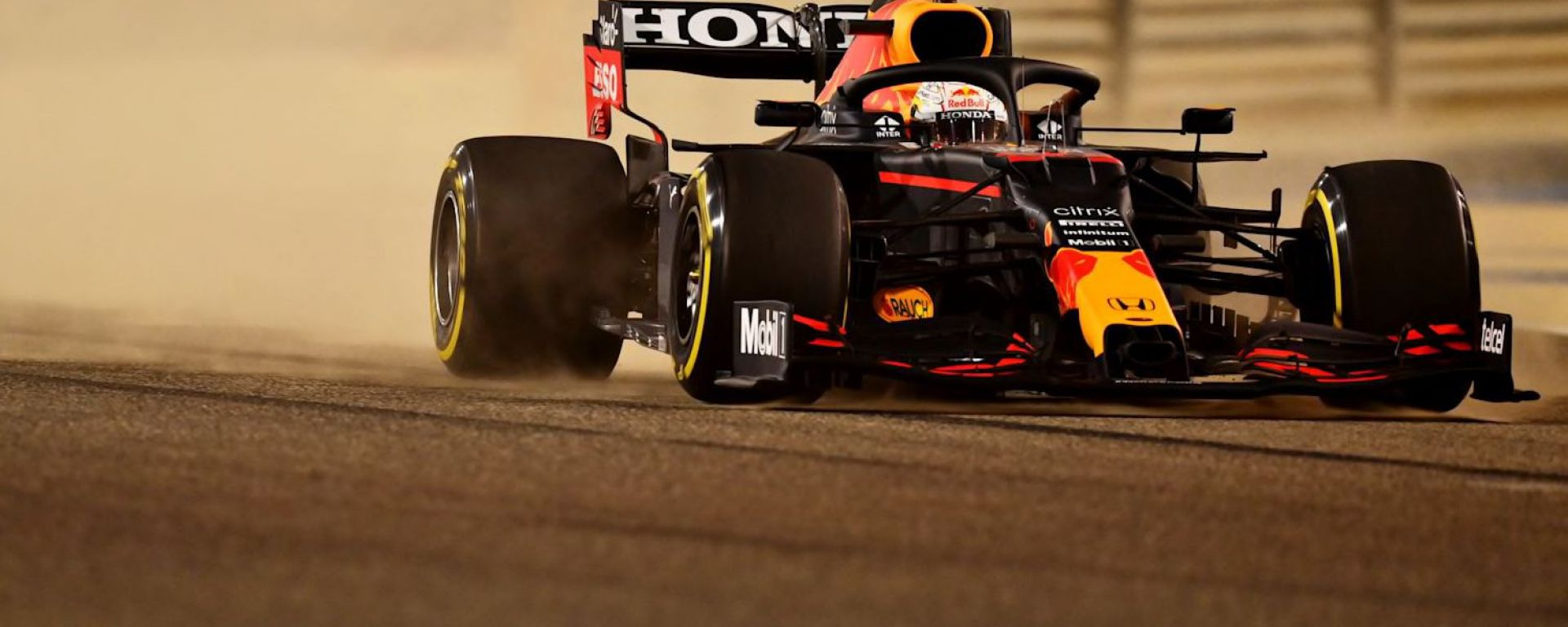F1 Test Bahrain 2021, Sakhir: Max Verstappen (Red Bull Racing) in pista | Foto: Red Bull