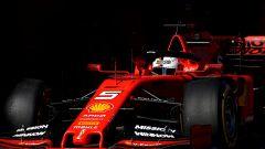 F1 Test Barcellona-2, Vettel esce dai box