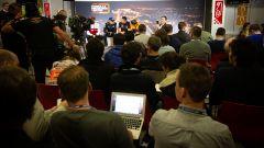 F1 Test Barcellona 2020, giornalisti presenziano alla conferenza stampa