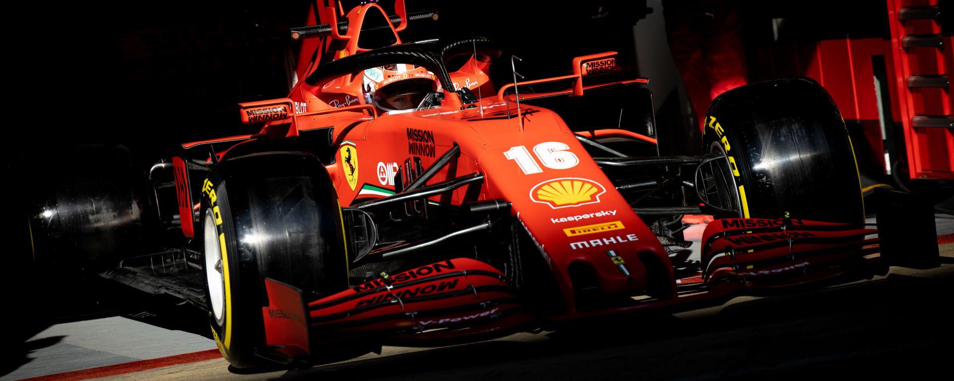 F1 Test Barcellona 2020: la Ferrari SF1000 di Charles Leclerc esce dai box