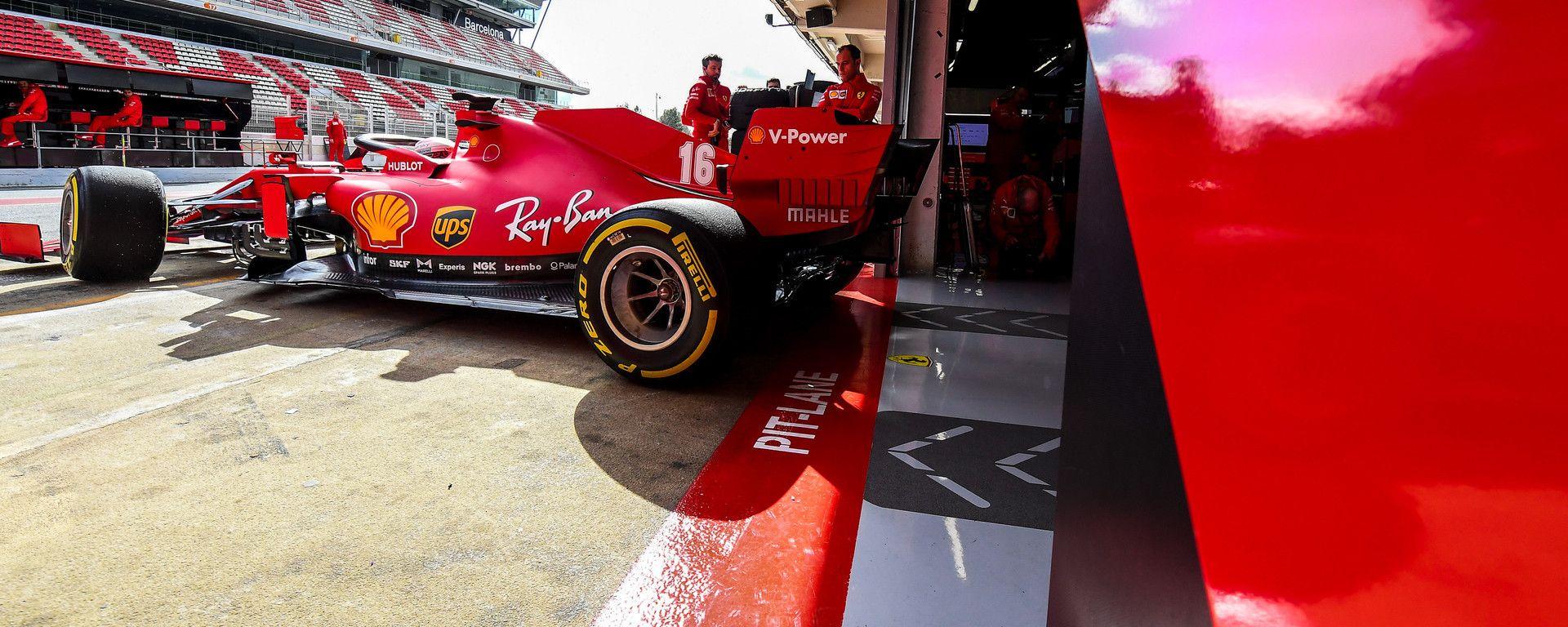 F1 Test Barcellona 2020: la Ferrari SF1000 esce dai box del Montmelò