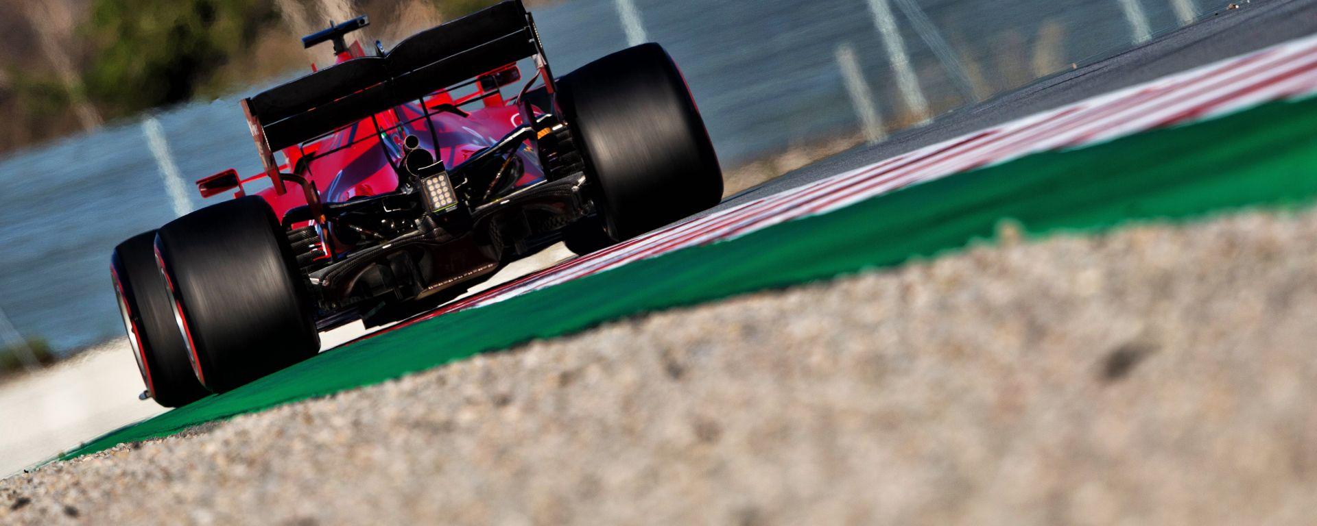 F1 Test Barcellona 2020: la Ferrari SF1000 in pista