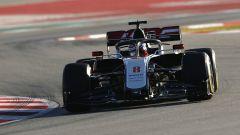 F1 Test Barcellona 2020: la Haas VF-20 di Romain Grosjean in pista