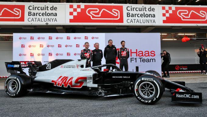 F1 Test Barcellona 2020: la presentazione della Haas VF-20