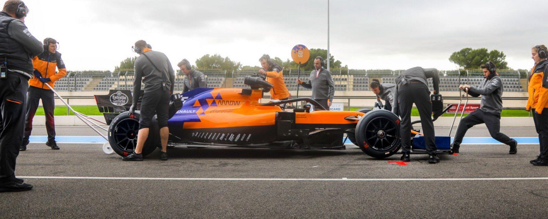 F1, test Pirelli 18