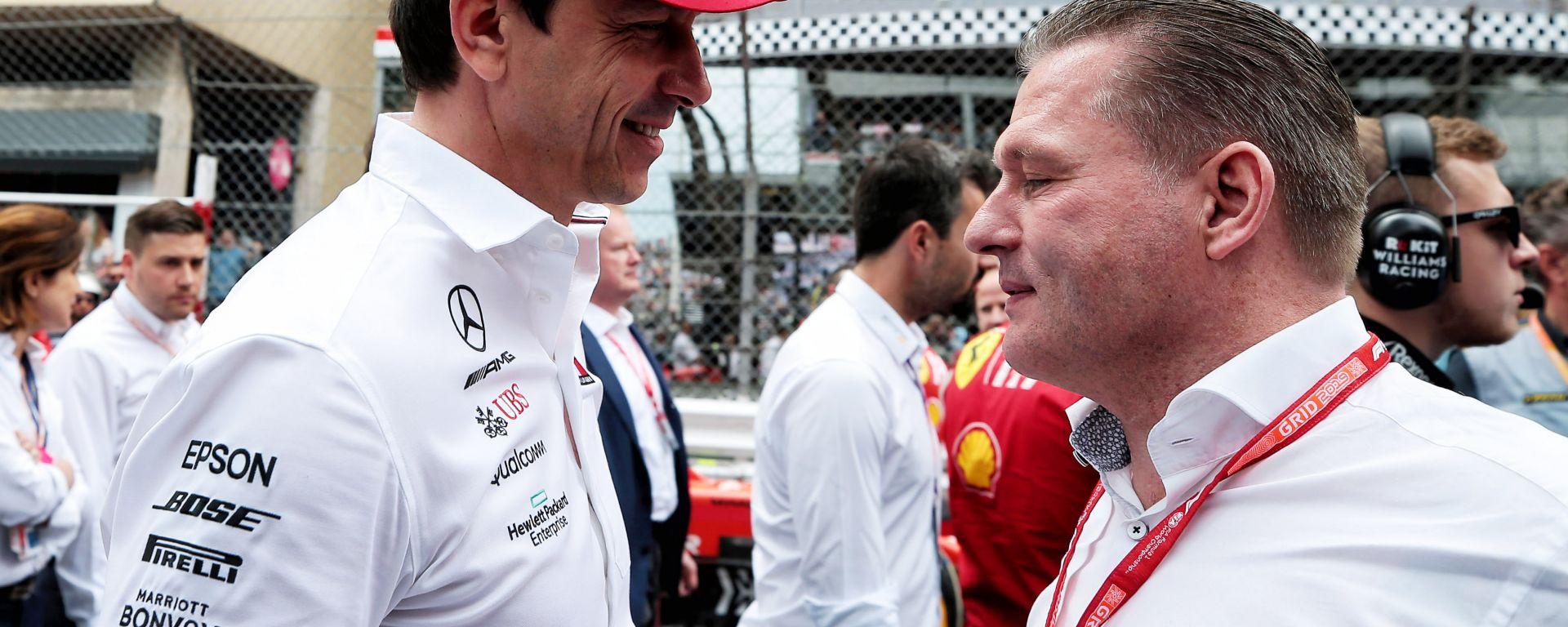 F1, Toto Wolff (Mercedes) e Jos Verstappen