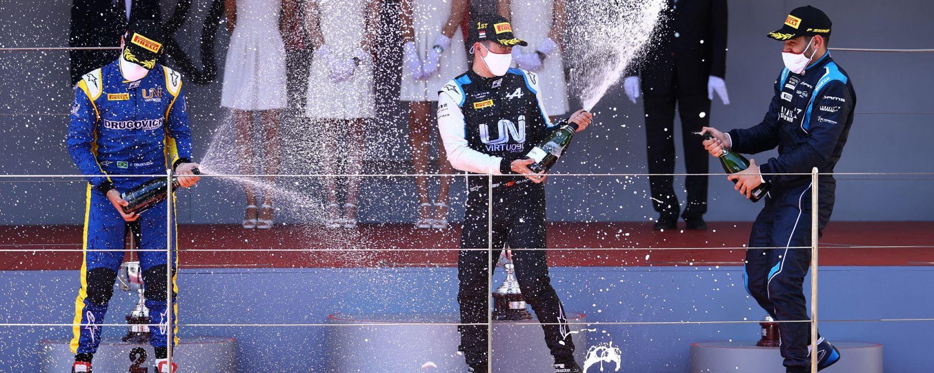 F2 GP Monaco 2021, Monte Carlo: Guanyu Zhou, Felipe Drugovich (Uni-Virtuosi) e Roy Nissany (DAMS)