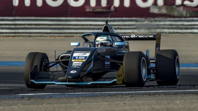 F3 Asia 2020, Buriram: Jamie Chadwick in pista