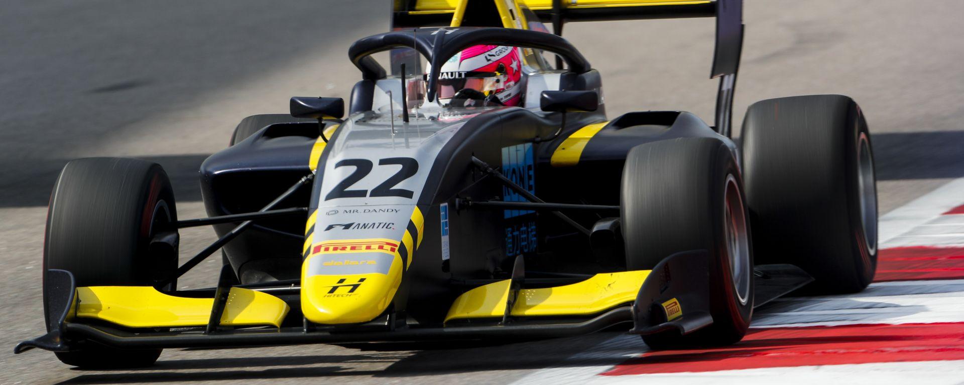 F3, Hitech GP