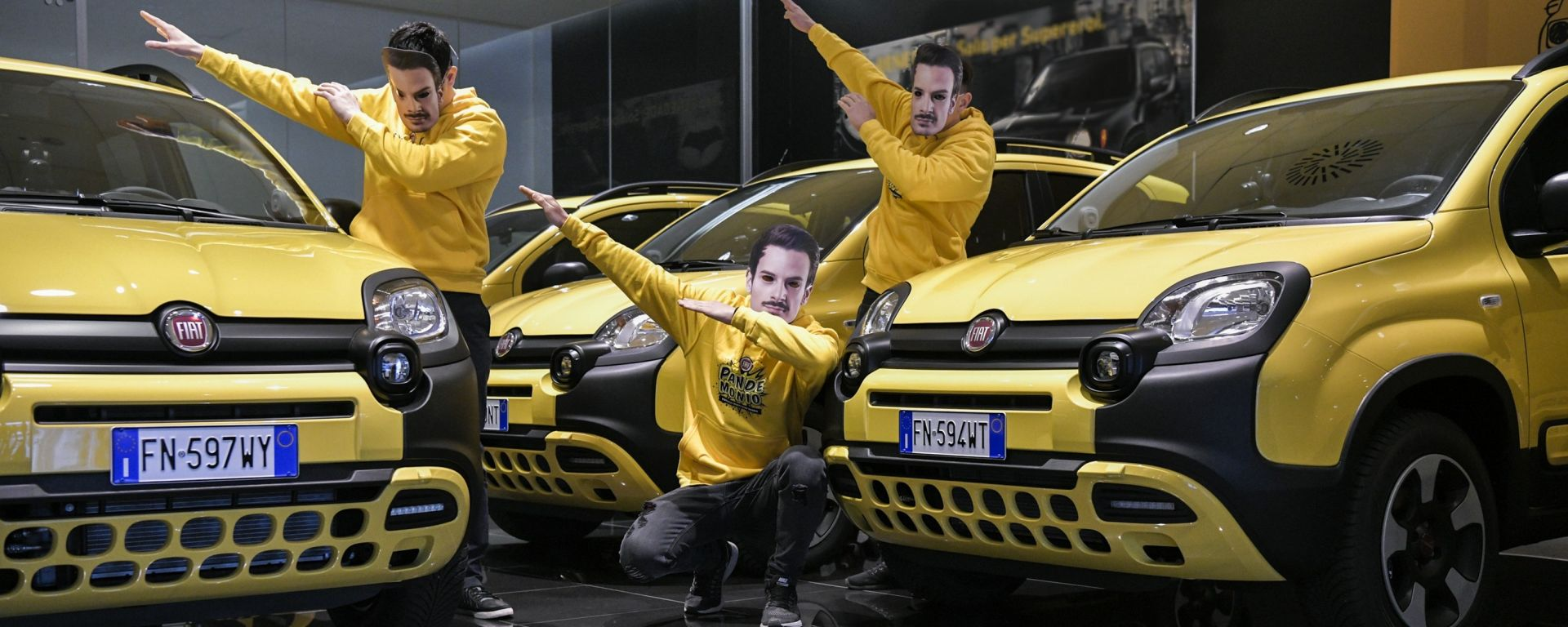 Fabio Rovazzi: con la Panda per le strade...andiamo a comandare
