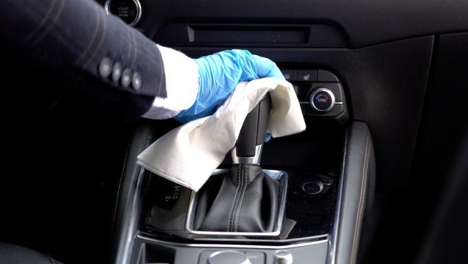 Fase 2, massima attenzione alla sanificazione delle auto
