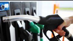 Fattura elettronica, ufficiale la proroga. Carta carburante fino a 2019