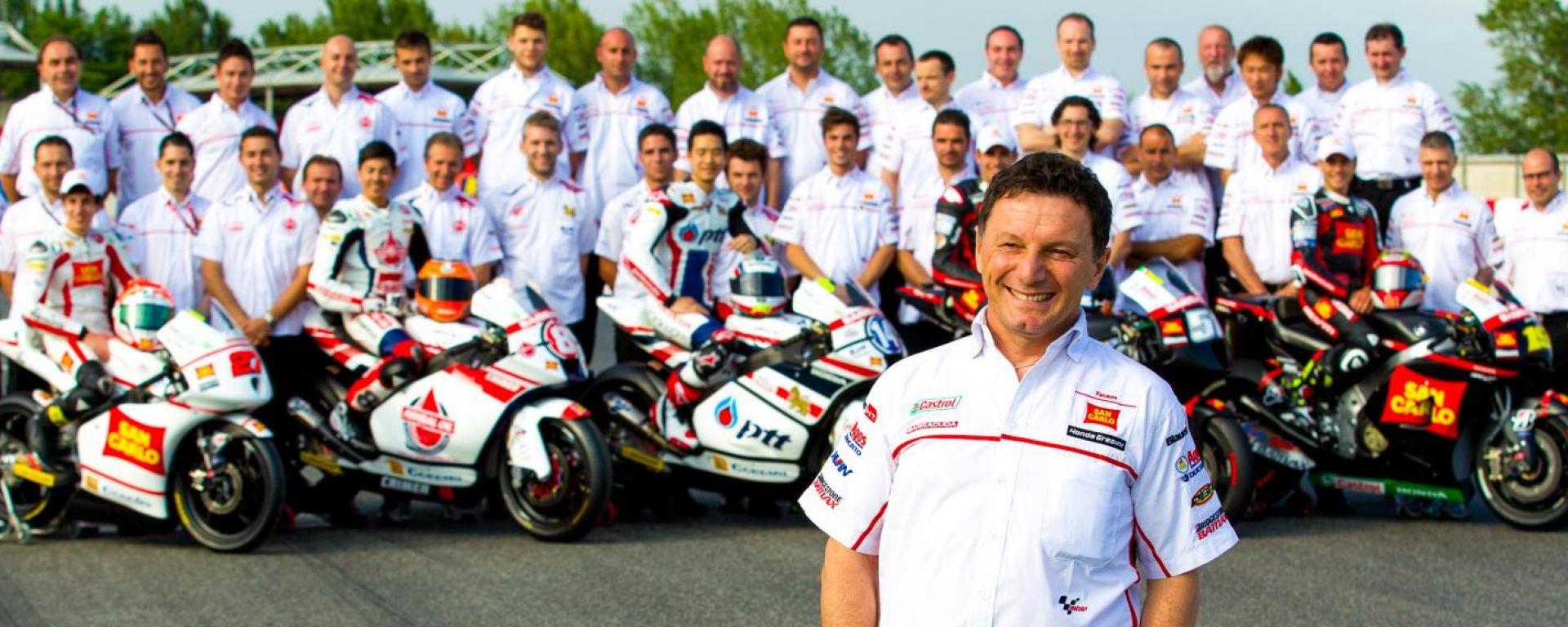 Fausto Gresini in una foto d'archivio con il suo Gresini Racing 2012