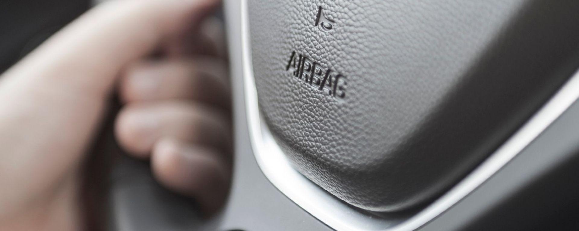 FCA, richiami per 1,6 milioni di esemplari. Airbag difettoso