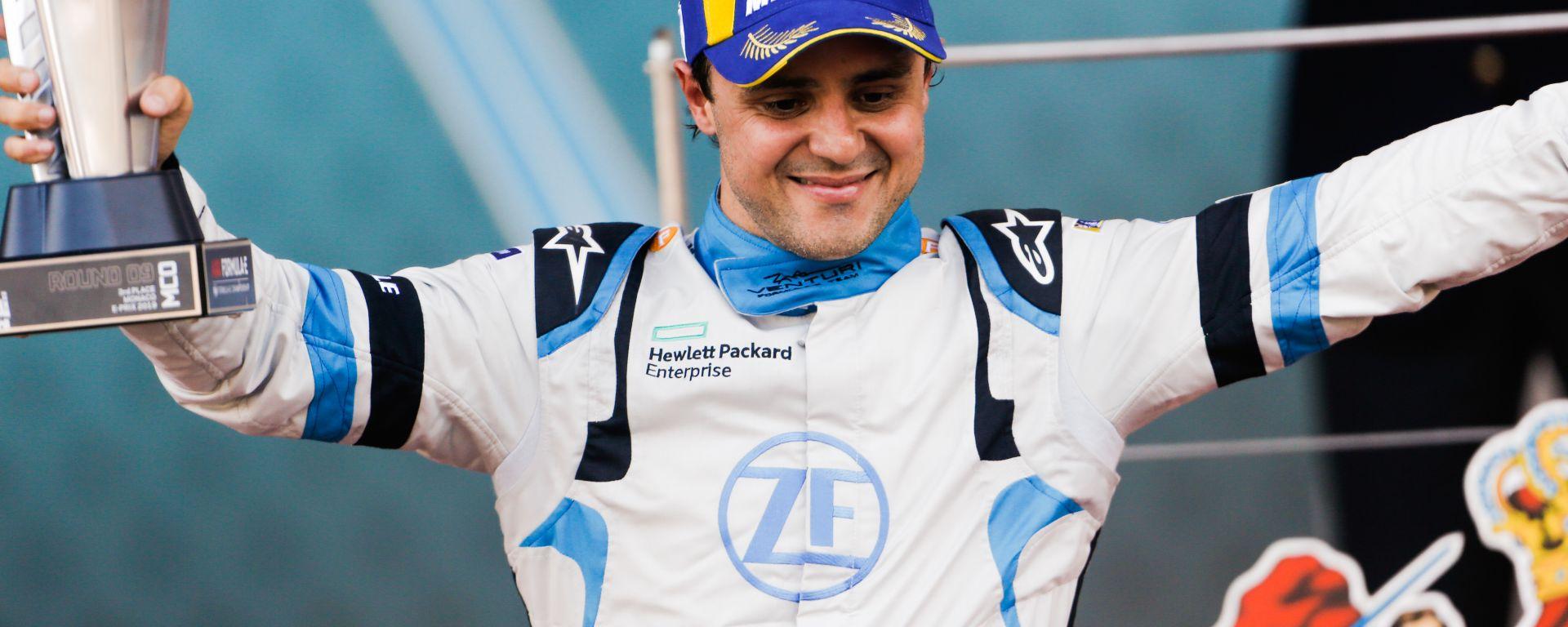 Felipe Massa esulta sul podio dell'ePrix di Monaco