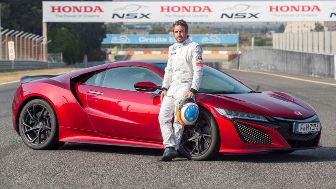 Fernando Alonso con la Honda NSX
