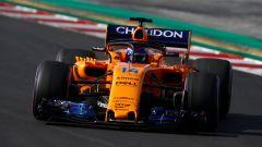 Fernando Alonso in azione con la McLaren