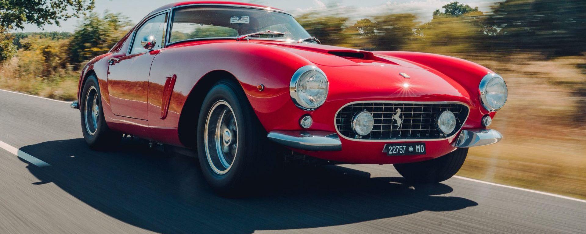 Ferrari 250 GT SWB Berlinetta Competizione Revival, su strada
