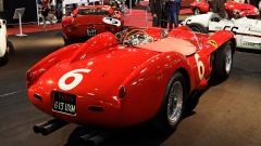 Ferrari 250 Testa Rossa, vista 3/4 posteriore - foto di Thesupermat / CC BY-SA (https://creativecommons.org/licenses/by-sa/3.0)
