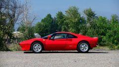 Ferrari 288 GTO, vista laterale