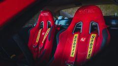 Ferrari 308 GTB LM Evocation, le cinture Sabelt a 4 punti
