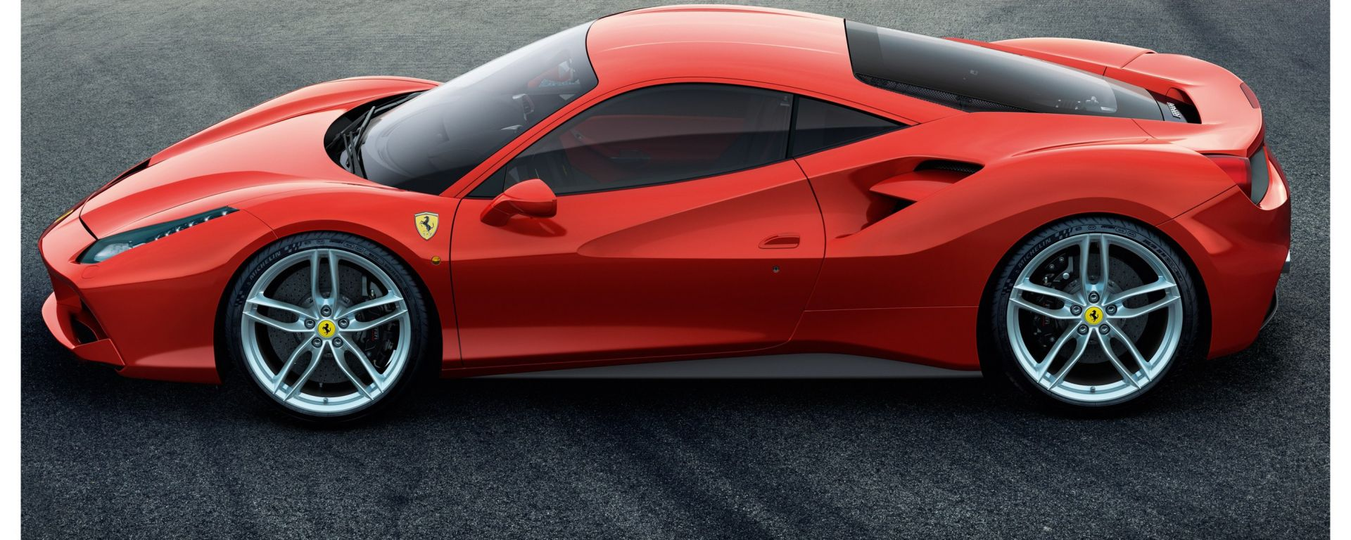 Ferrari 488 GTB: vista laterale