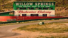 Ferrari 488 GTB vs Lamborghini Huracan vs McLaren 675LT vs Corvette Z06: la sfida a Willow Springs
