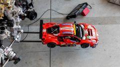 Una Ferrari 488 Lego Technic a 200 km/h? Guarda il video POV - Immagine: 16