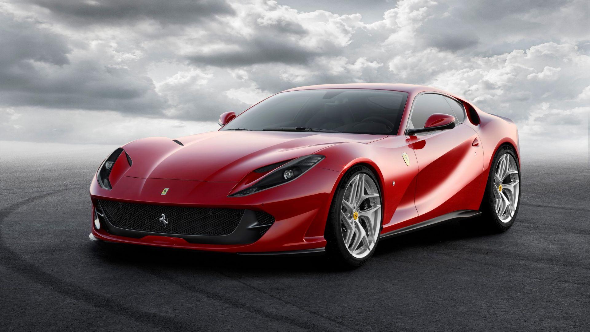 Ferrari 812 superfast prova configuratore prezzi sound for Configuratore arredamento